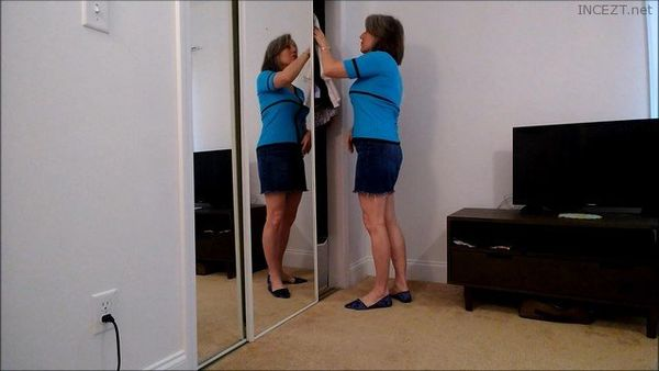 Everything You Want From Mom – MoRina HD 1080p