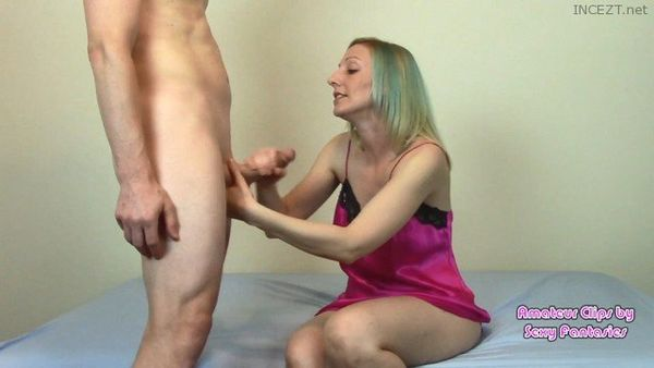 Brittany Lynn – 10 MORE Sexy Amateur Mom-Son, Bro-Sis & CUCKOLD Vids in HD 1080p
