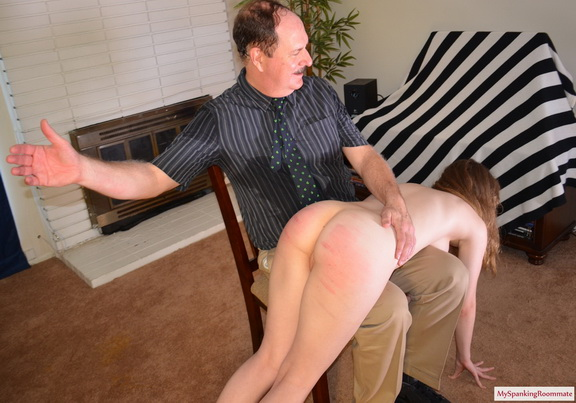 [E226] Are Spanked [MySpankingRoommate] Alaina Fox (108 MB)
