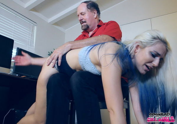 Punished By The Big Guy [SpankedCallGirls] Dria (309 MB)