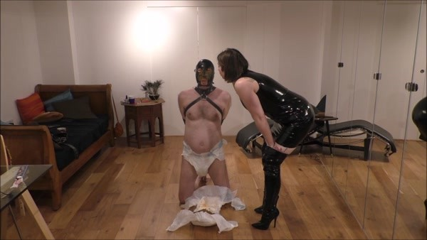 Shitty Diaper Humiliation - Mistress Evilyne - FetishMania (791 MB)