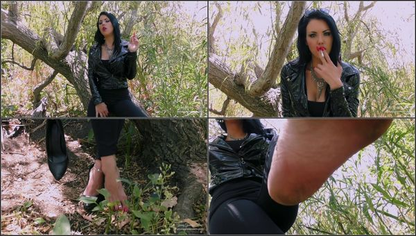 Forest Foot Slave - Goddess Kim - FetishMania